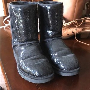 Gently Used Sequin Ugg Boots Size 9